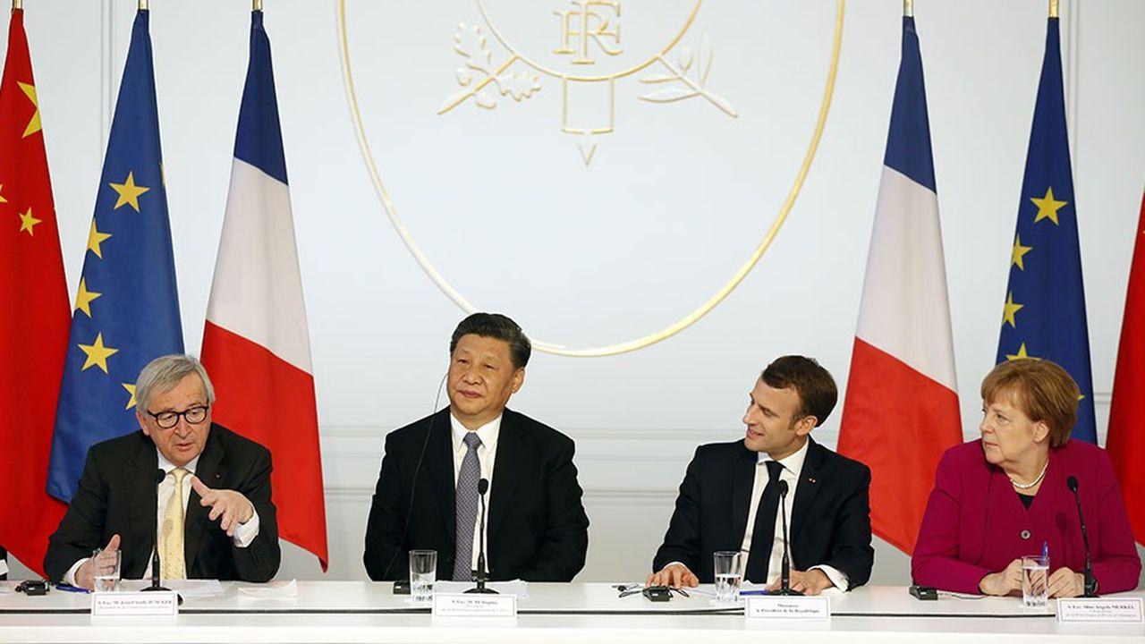 Le mini-sommetde l'Elysée a rassemblé le président de la Commission, Jean-Claude Juncker, le dirigeant chinois Xi Jinping, Emmanuel Macron et la chancelière d'Allemagne Angela Merkelpour rappeler les règles de fonctionnement de l'Union européenne et trouver des points de coopération.