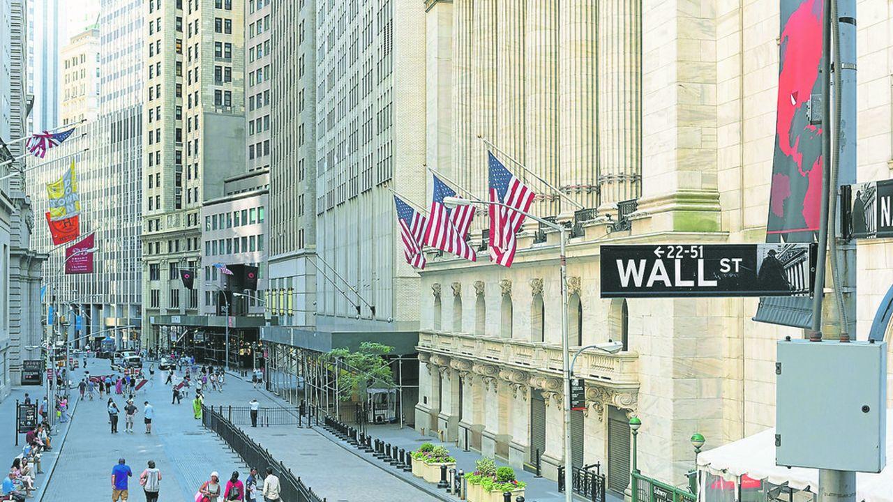 L'enveloppe globale de bonus versés par les firmes de Wall Street a reculé de 14%, à 27,5milliards de dollars.