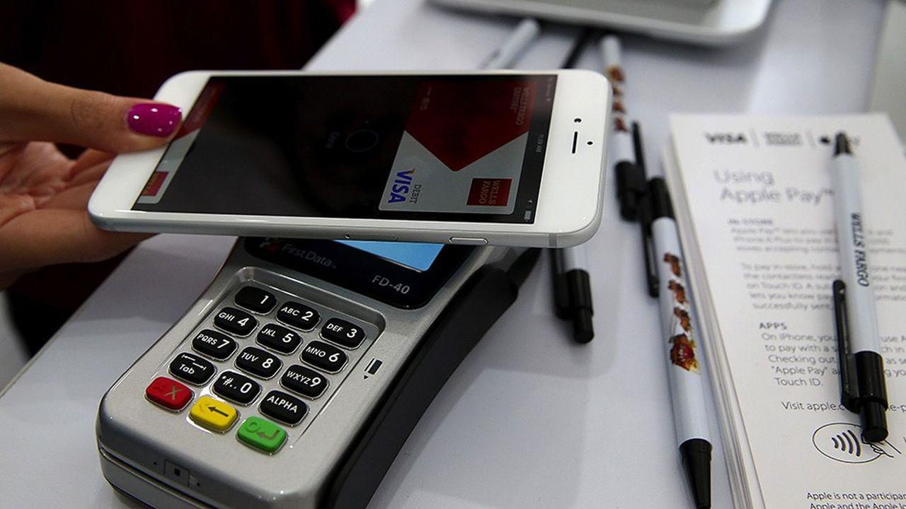 Les premiers pas d'Apple dans le crédit ne devraient pas les laisser de marbre les banques françaises.