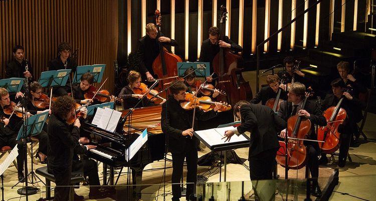 Un concert du Festival de Pâques de Deauville joué dans la salle Elie de Brignac prêtée par la maison de vente Arqana.
