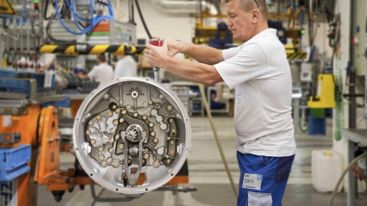 Depuis plusieurs années déjà, ZF Friedrichshafen, une société non cotée détenue à près de 95% par une fondation, veut par un jeu d'acquisition s'imposer dans la cour des grands équipementiers automobile