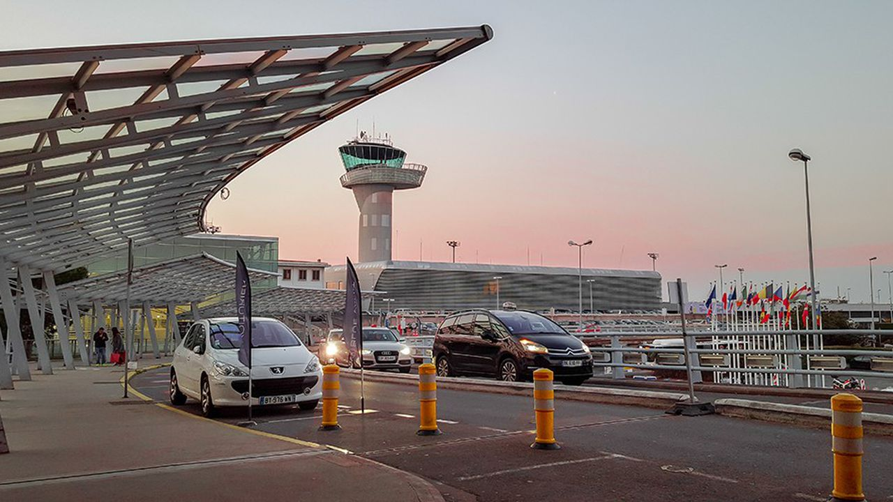 Depuis dix ans, la croissance du trafic des compagnies à bas coûts porte la progression de l'aéroport de Bordeaux, jusqu'à peser 55% du trafic.