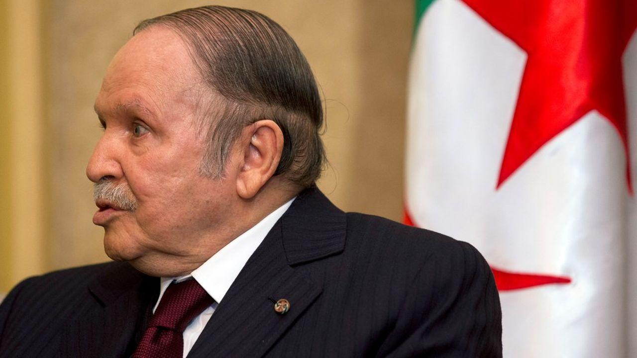 Le président Bouteflika, qui n'a pas effectué une seule intervention publique de tout son quinquennat en raison de son AVC de 2013, s'apprêterait à démissionner.