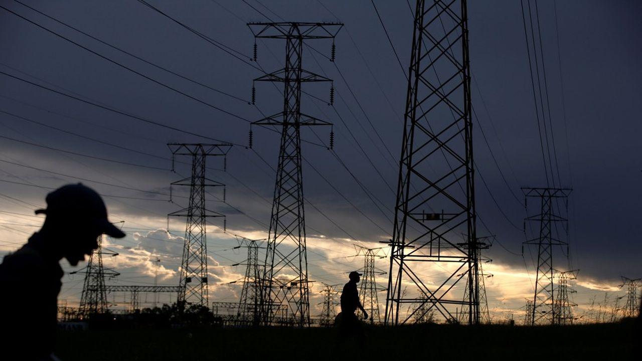 Au plus fort de la crise, Eskom a dû couper jusqu'à 4.000 mégawatts par jour pour alléger le réseau