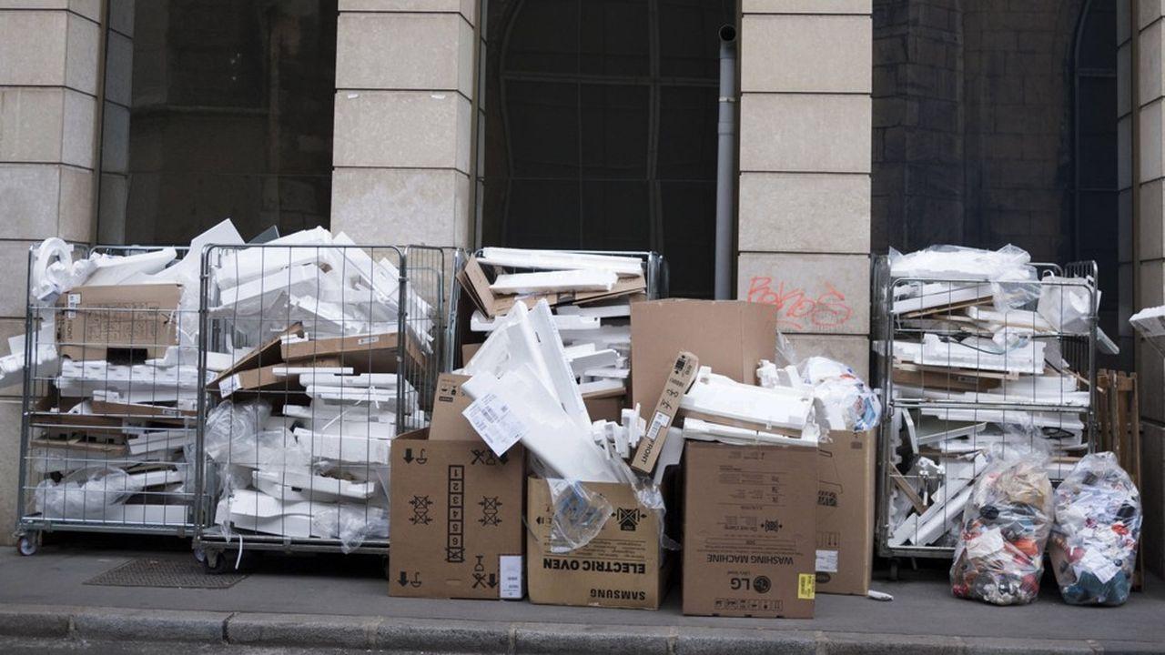 L'activité commerciale de détail et de gros génère en France 4,5millions de tonnes de déchets, a chiffré l'Insee.
