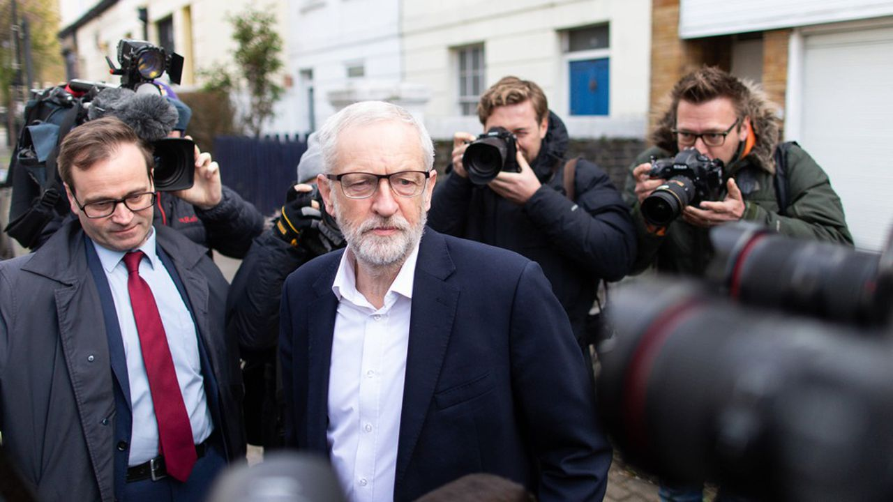 Le leader du Labour, Jeremy Corbyn, quitte ce mercredi matin son domicile, dans le Nord de Londres, avant de retrouver Theresa May.