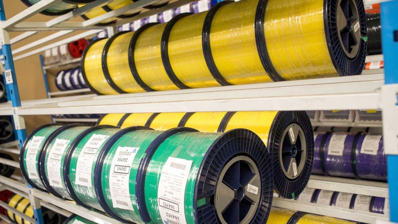 Usine Acome, production de câbles, fibre optique et tubes de synthèseLes ventes de fibre optique dans l'Hexagone ont quadruplé ces cinq dernières années.