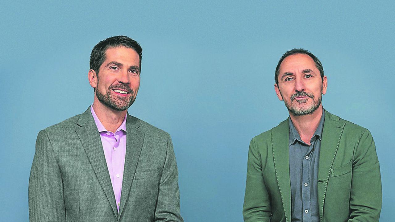 Brian Whipple, CEO d'Accenture Interactive et David Droga, patron-fondateur de Droga 5, vont associer leurs expertises respectives pour toucher le consommateur sur tous les points de contact possibles et imaginables.