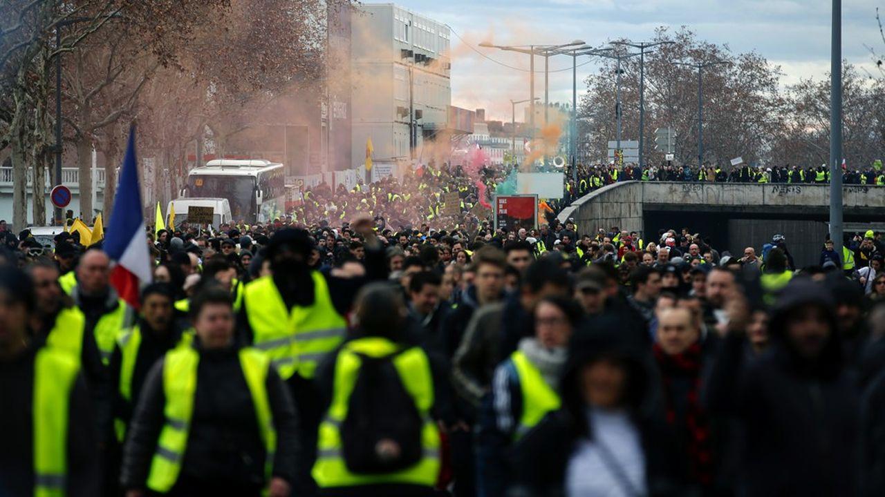 Tous les samedis, le coeur de la capitale régionale est envahi par les gaz lacrymogènes projetés par les forces de l'ordre pour disperser les rassemblements.