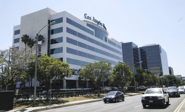 Le nouveau bâtiment qui abrite le Los Angels Times en bordure d'une autoroute à El Segundo,dans la périphérie de Los Angeles.