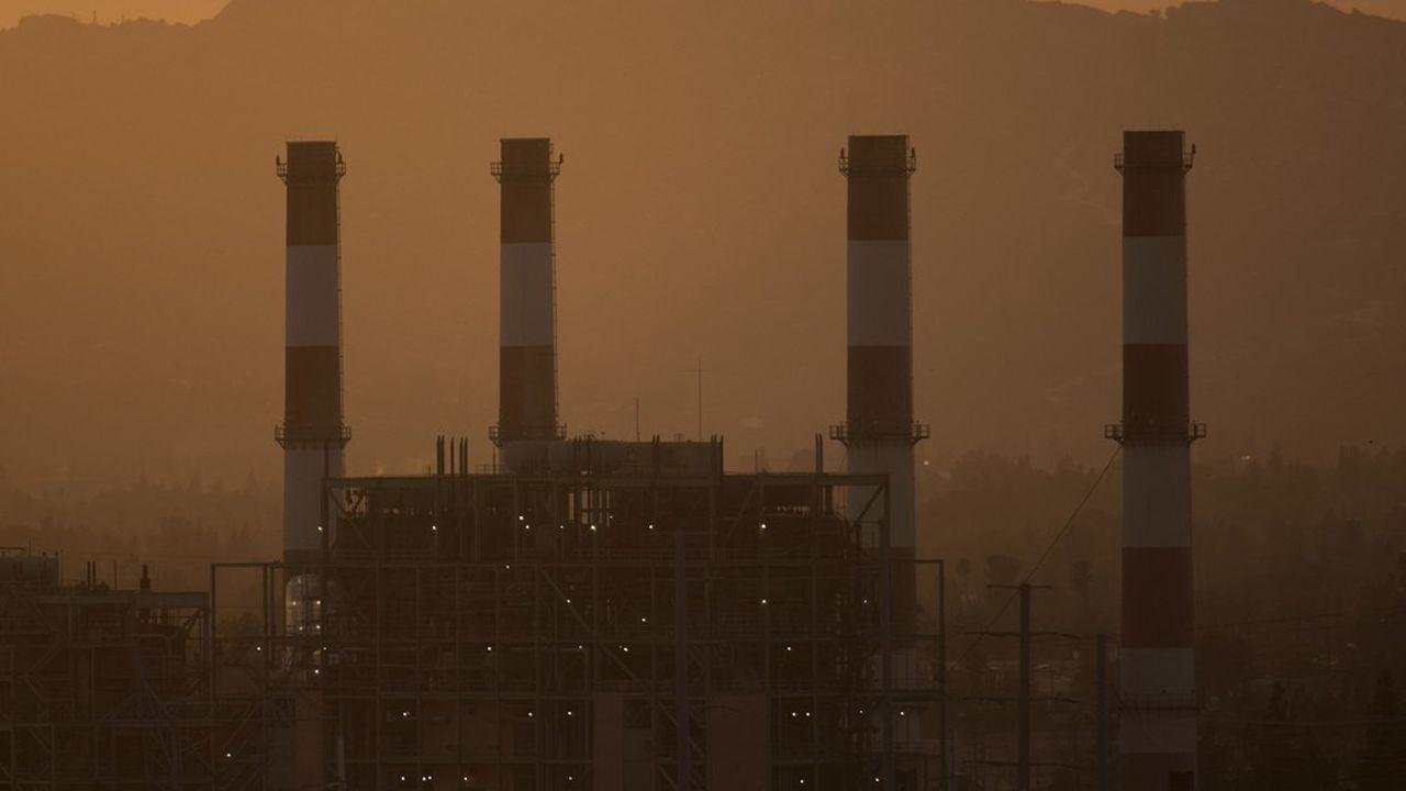 En octobre, les scientifiques du Giec tiraient la sonnette d'alarme: pour rester sous les 1,5°C, il faudrait réduire les émissions de CO2 de près de 50% d'ici 2030.