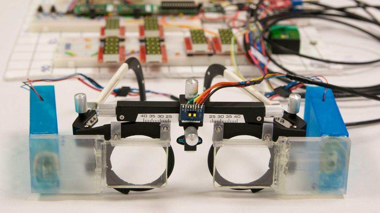 La miniaturisation de son prototype de lunettes est le prochain défi de la start-up lyonnaise Laclarée.