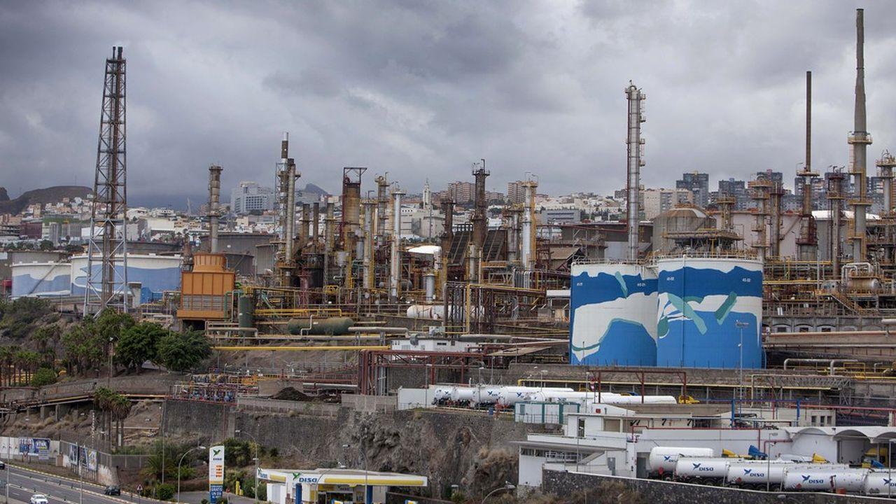 Cepsa est présent dans l'exploration et la production de pétrole et de gaz en Amérique latine et Afrique du Nord. En photo la raffinerie Santa Cruz de Tenerife dans les îles Canaries.