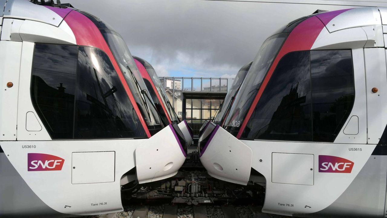 Le materiel ferroviaire Dualis de type tram-train du fabricant Alstom equipe la ligne du Tram 11 Express.