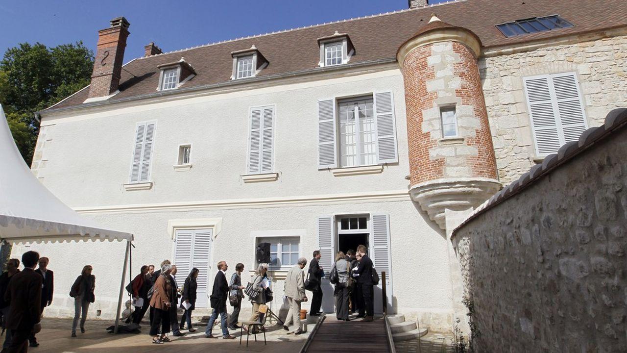 Vue de l'extérieur de la maison de Jean Cocteau à Milly-la-Forêt.
