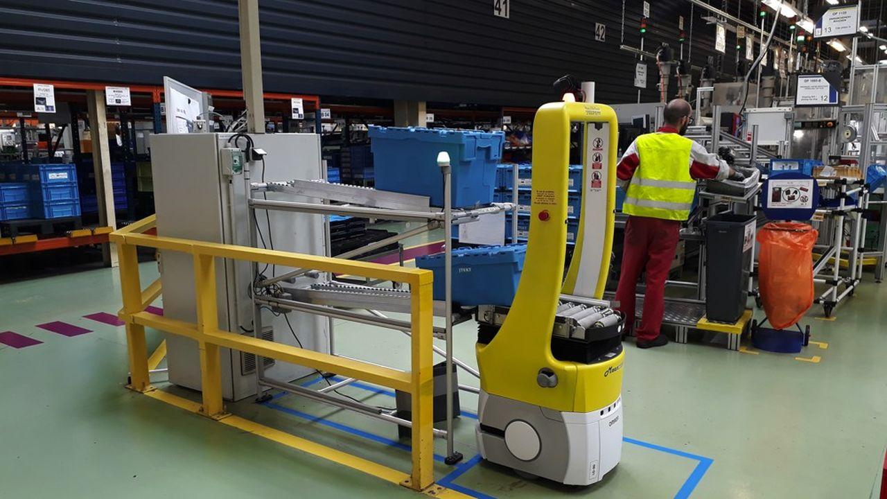 L'Agilog est le petit robot autonome de la start-up lyonnaise Meanwhile utilisé parl'équipementier Jtekt à Dijon.
