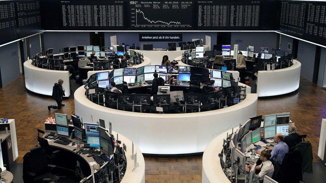 Même si le calme est revenu sur les marchés, les revenus des BFI mondiales sont restés mal orientés sur les premiers mois de l'année.
