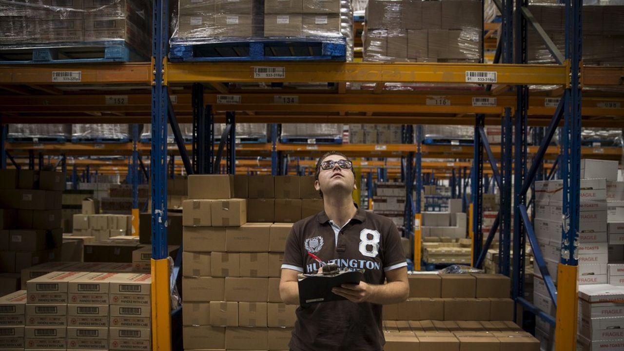 Une quinzaine des plus grandes entreprises des Pays-Bas s'engage à créer dans les trois années à venir des milliers d'emplois aux Pays-Bas destinés spécifiquement à des réfugiés.