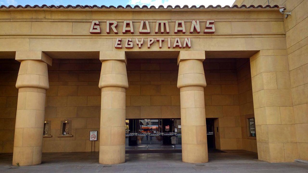 Ce cinéma, palais somptueux construit en 1922, a une symbolique pour Netflix.
