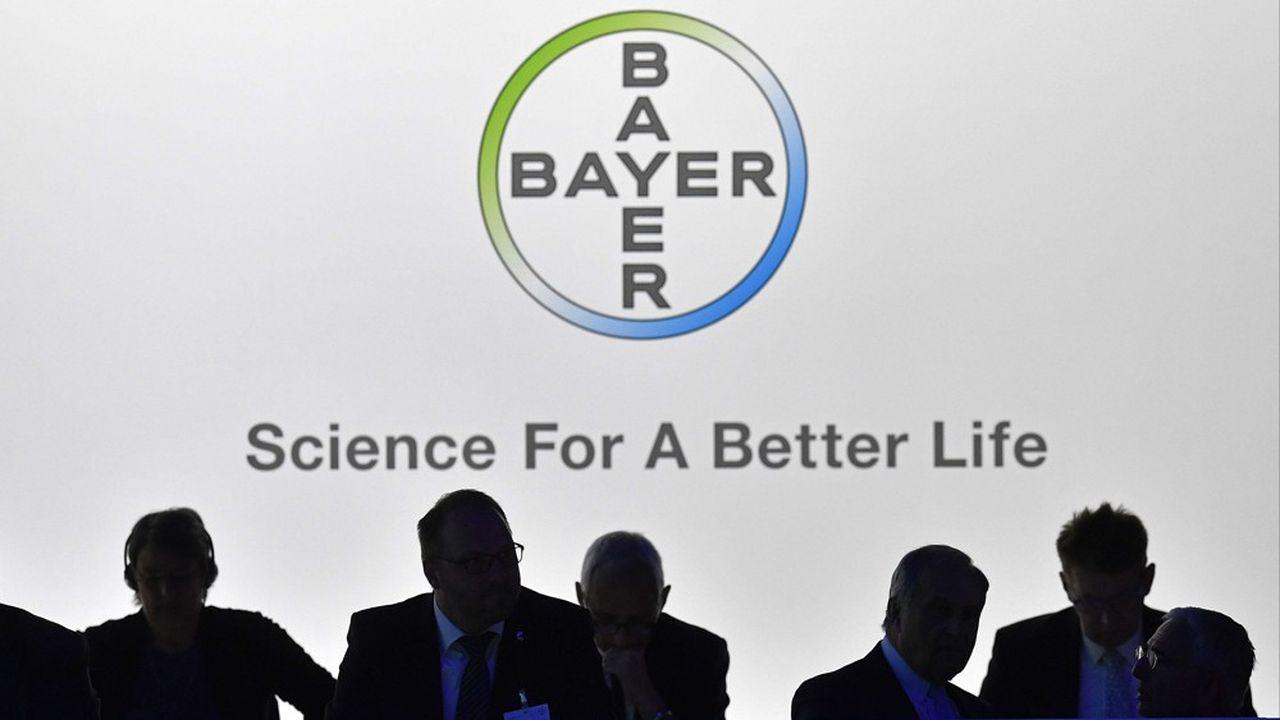Le vote des actionnaires de Bayer lors de l'assemblée générale de Bayer, le 26avril prochain, seraessentiellement symbolique car il est sans conséquence directe pour les dirigeants.