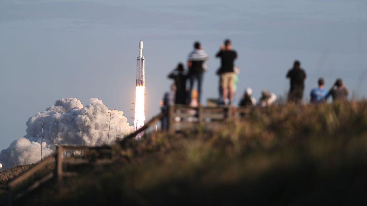 Falcon Heavy a décollé de la base américaine de Cap Canaveral (Floride)