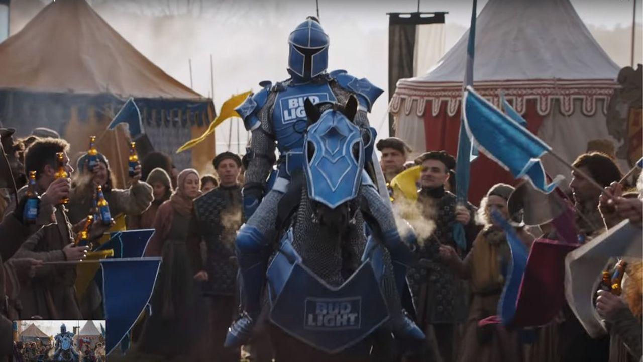 Le chevalier Bud Knight, avant sa mise à mort par l'un des personnages de la série.