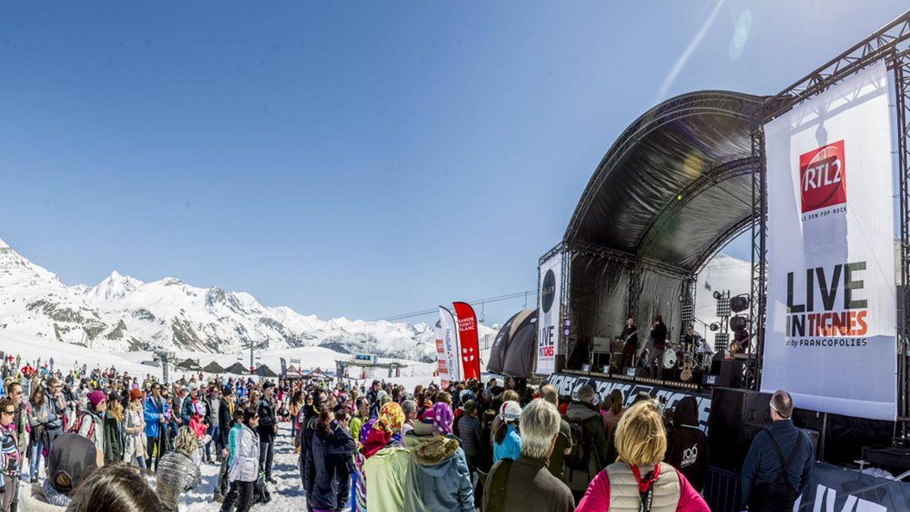 A 2.200 mètres d'altitude, dans le décor alpestre encore enneigé de la station savoyarde de Tignes, débute ce mardi 16avril la 4e édition de Live in Tignes by Francofolies.