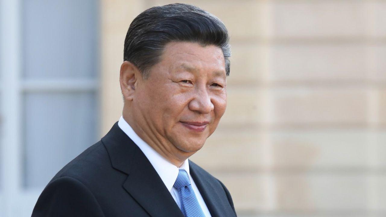 Le président chinois, Xi Jinping, fait face à des vents contraires pour l'économie du pays. L'endettement y devient problématique, alerte l'OCDE.