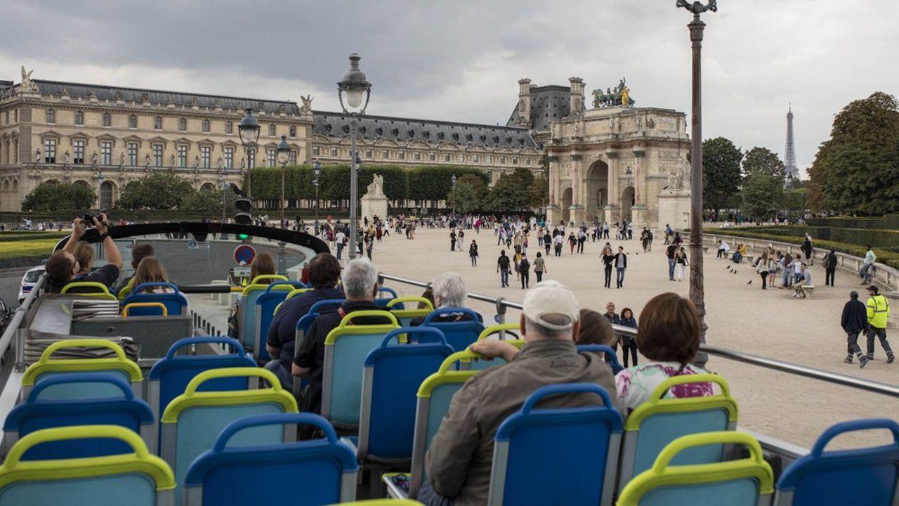 Bus Open Tour fait partie des deux opérateurs inscrits au plan de circulation d'Ile-de-France Mobilités, l'autorisation officielle dont ne disposent pas les deux autres opérateurs.
