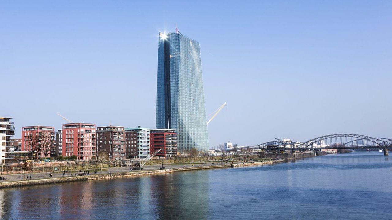 La BCE fait des efforts de transparence et se montre plus stricte sur les règles de bonne conduite
