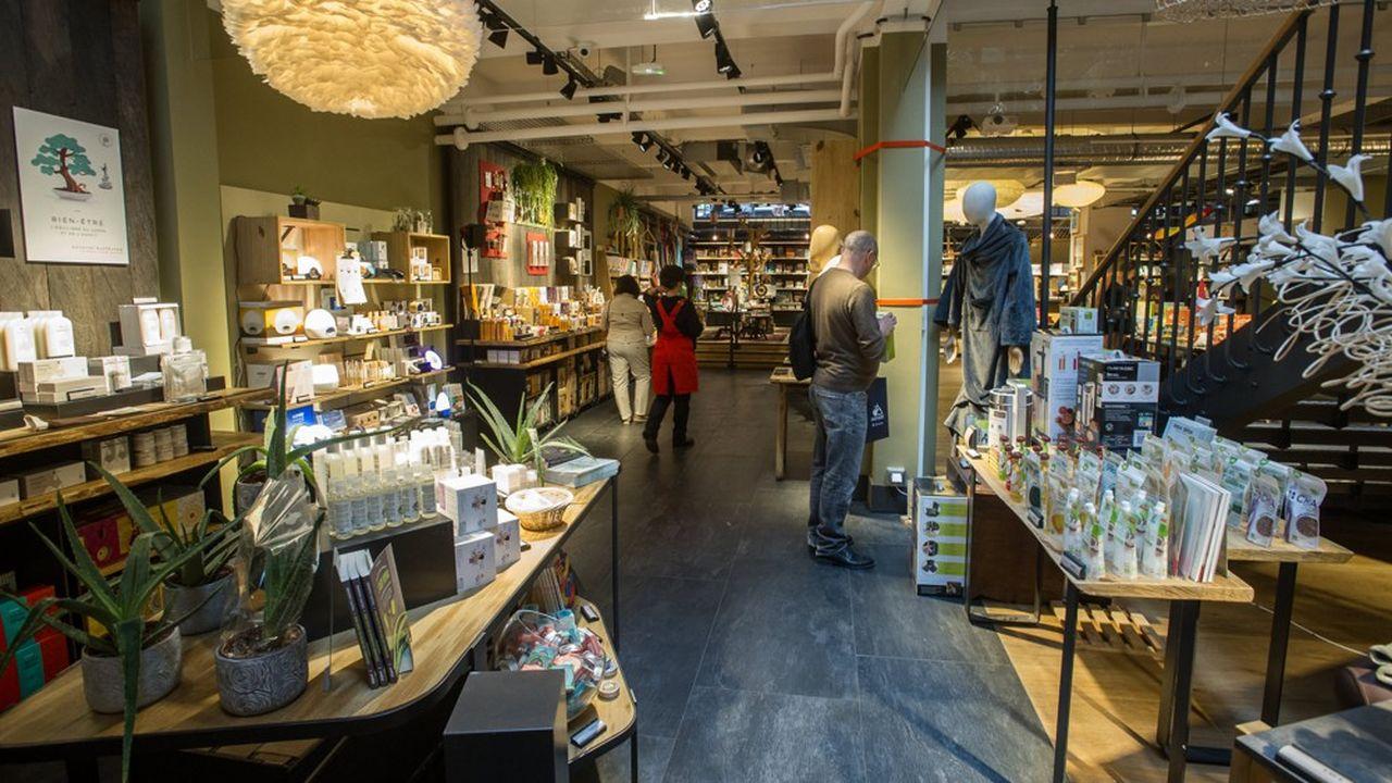 FNAC Darty entend accélérer le développement du réseau de magasins Nature & Découvertes et de son site marchand, mais aussi déployer des «shop in shop» de l'enseigne au sein de magasins FNAC.