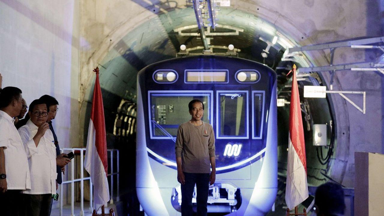 Le métro de Jakarta, inauguré fin mars, contribue nettement à désengorger la circulation dans la capitale indonésienne.