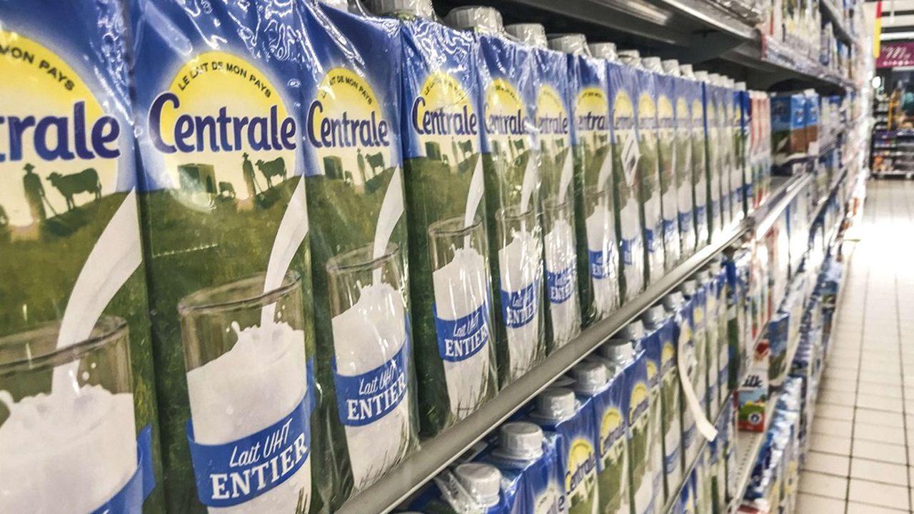 Centrale Danone, la filiale du groupe au Maroc, est confrontée depuis un an à un boycott de ses produits laitiers et le mouvement pèse toujours sur les ventes.