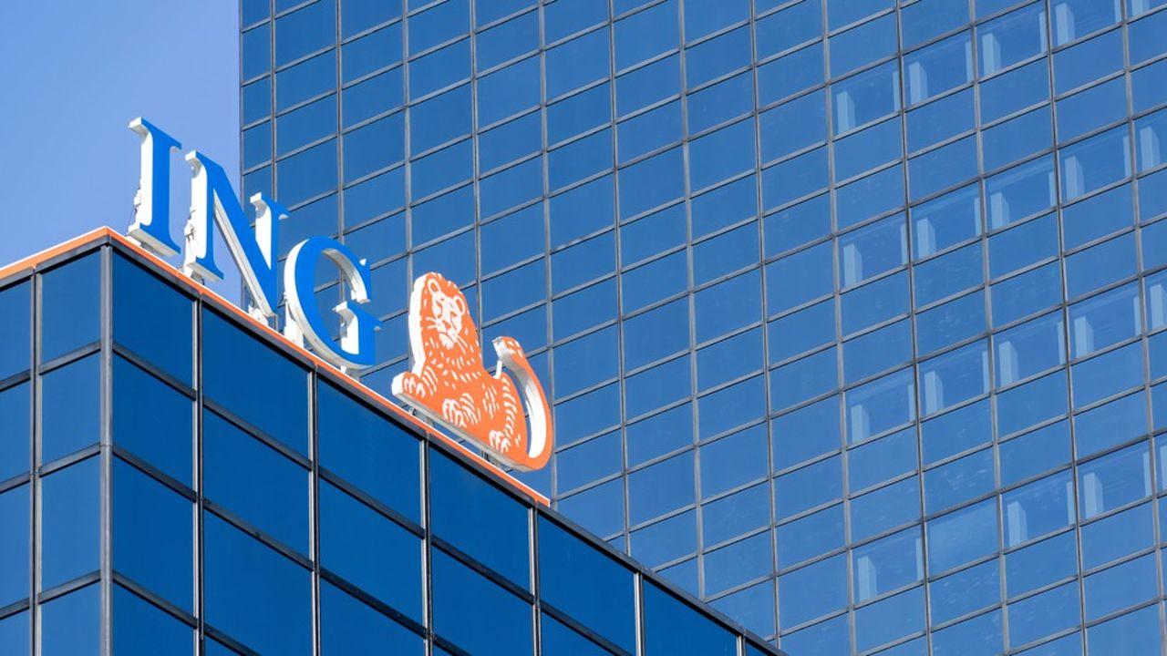 En pleine discussion avec Deutsche Bank en vue d'une fusion, Commerzbank serait également courtisée par la banque néerlandaise ING.