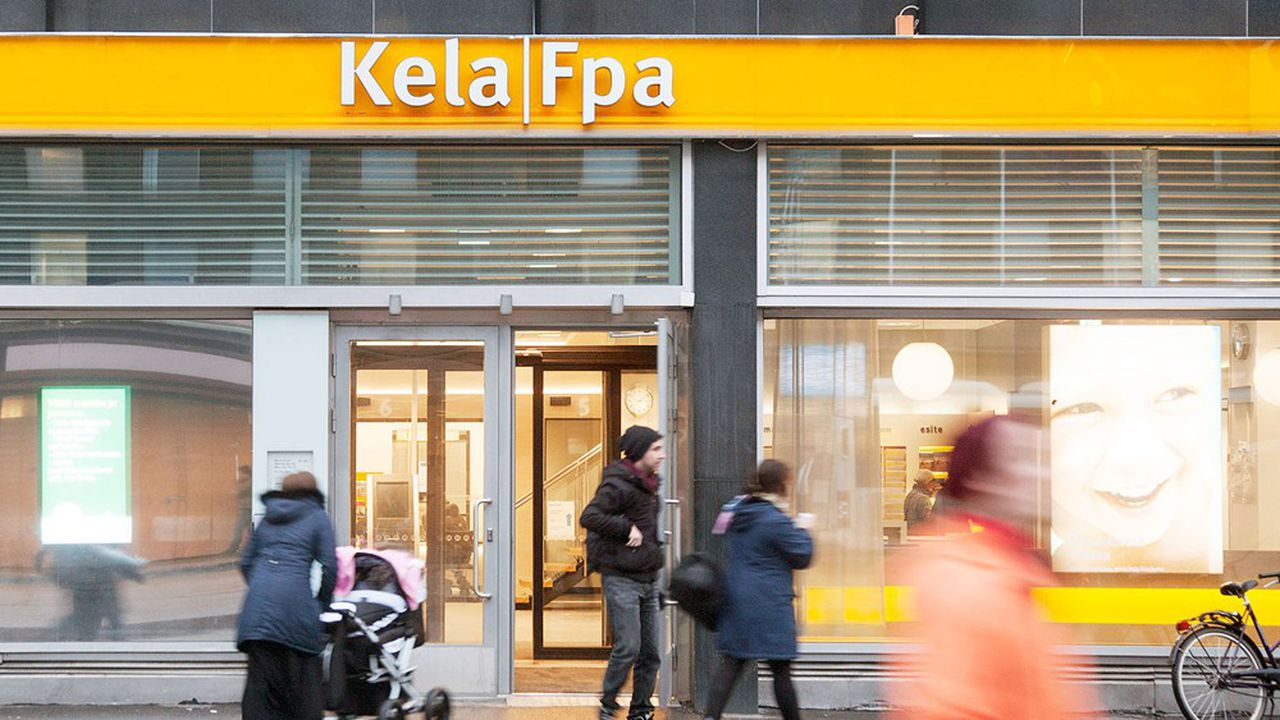 Kela, l'organisme de sécurité sociale finlandaise, a piloté l'attribution d'un revenu de base à 2.000 citoyens tirés au sort en 2017 et 2018