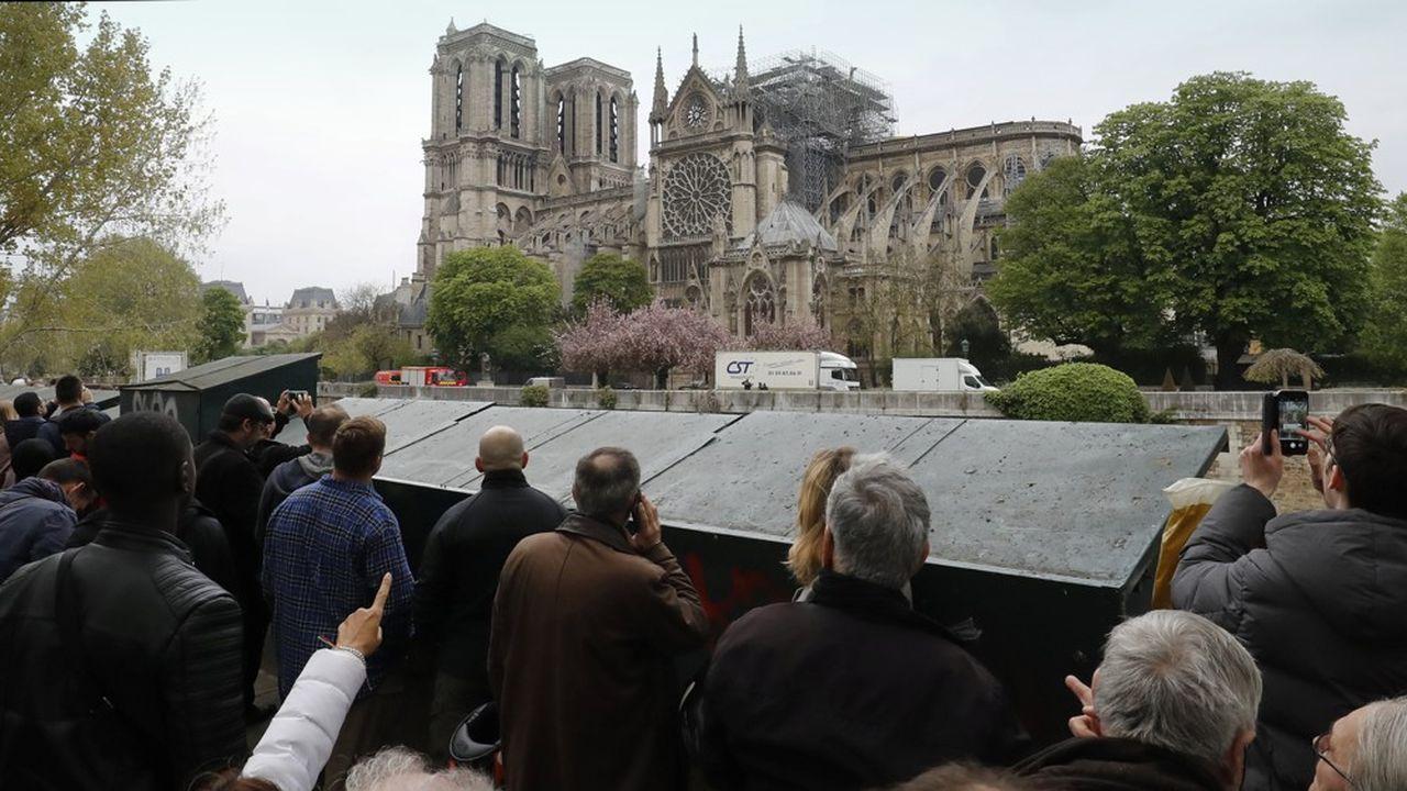 La reconstruction de Notre-Dame suscite un vaste élan de solidarité.