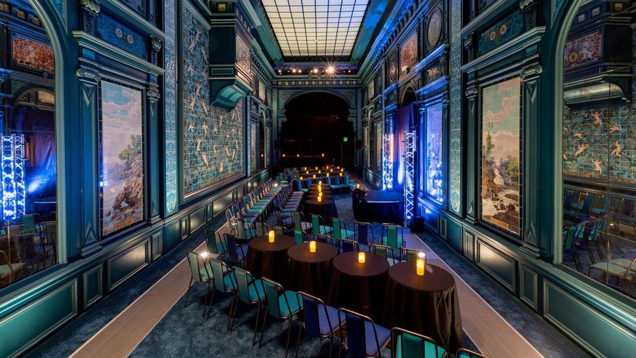 Jusque-là sous exploitée, la Salle de Billard, qui communique désormais avec le restaurant le Petit Olympia, devient un vrai lieu de concerts et d'événementiels