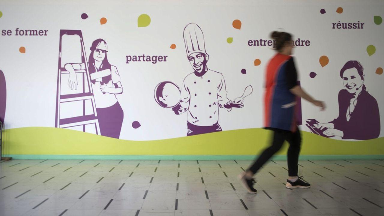 Fresque 'se former, partager, entreprendre, reussir'