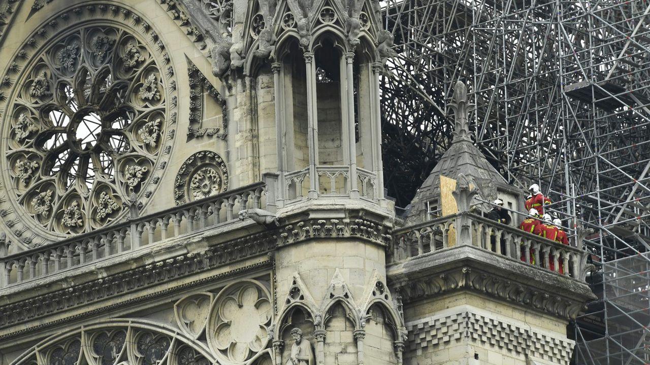 Notre-Dame après l'incendie.