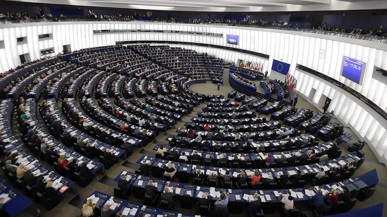 Si les Britanniques participent aux élections européennes, ils récupéreront leurs 73 sièges d'eurodéputés. Le Parlement sera composéde 751 membres contre 701 dans le cas contraire.