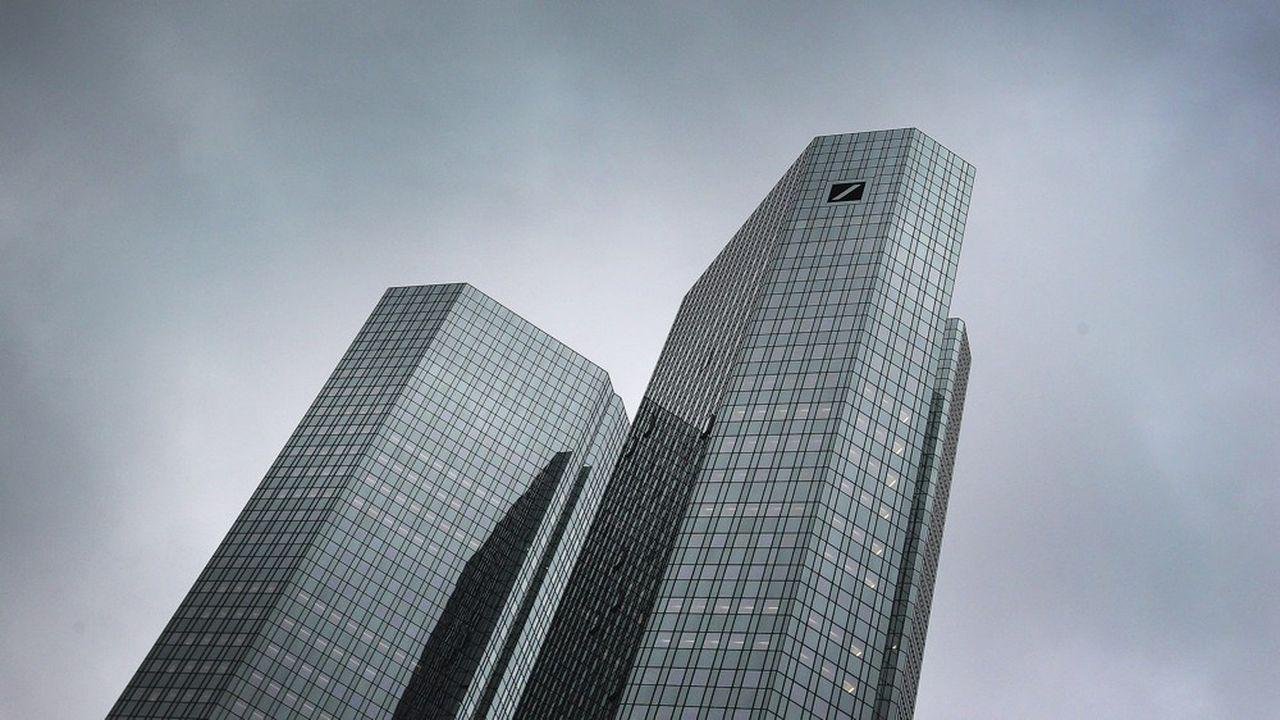 Deutsche Bank et Commerzbank ont annoncé qu'ils renonçaient à fusionner après six semaines de pourparlers.