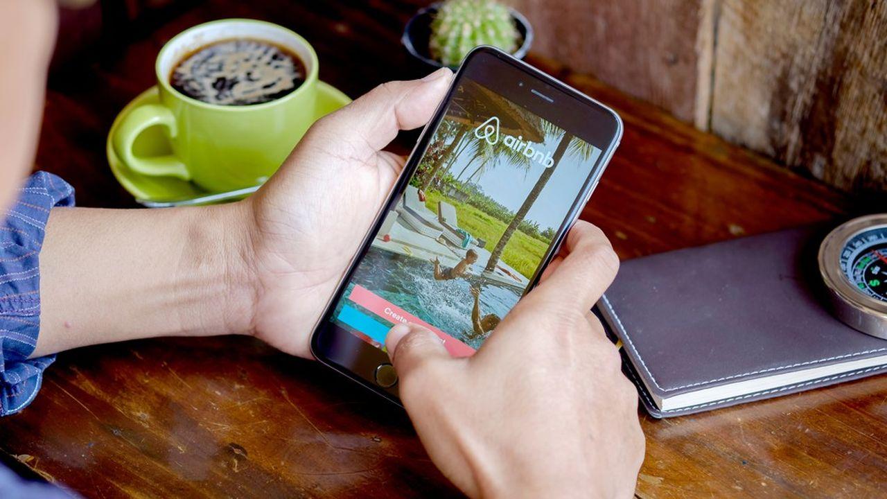 Airbnb souhaite particulièrement développer les contenus audiovisuels sur son application mobile.