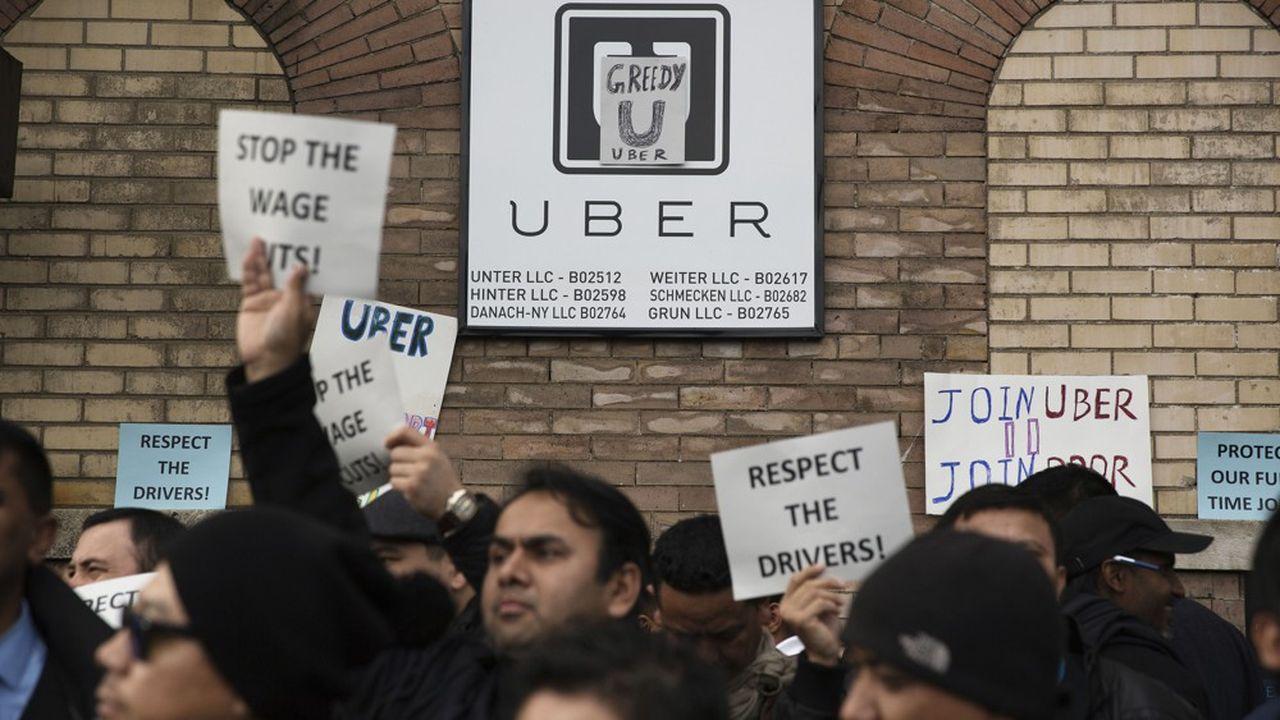 Les chauffeurs qui travaillent avec Uber aux Etats-Unis font régulièrement part de leur mécontentement, comme ici lors d'une manifestation en 2016.
