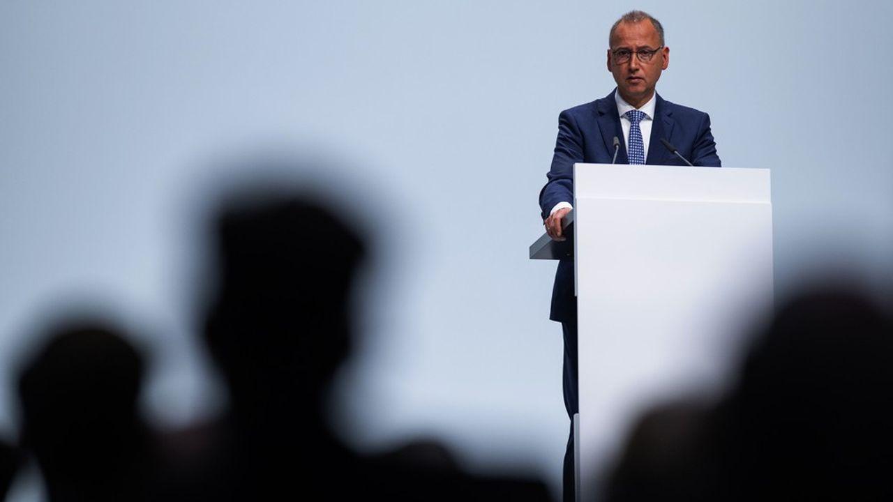 Les actionnaires de Bayer n'ont pas donné quitus au PDG du groupe, Werner Baumann.