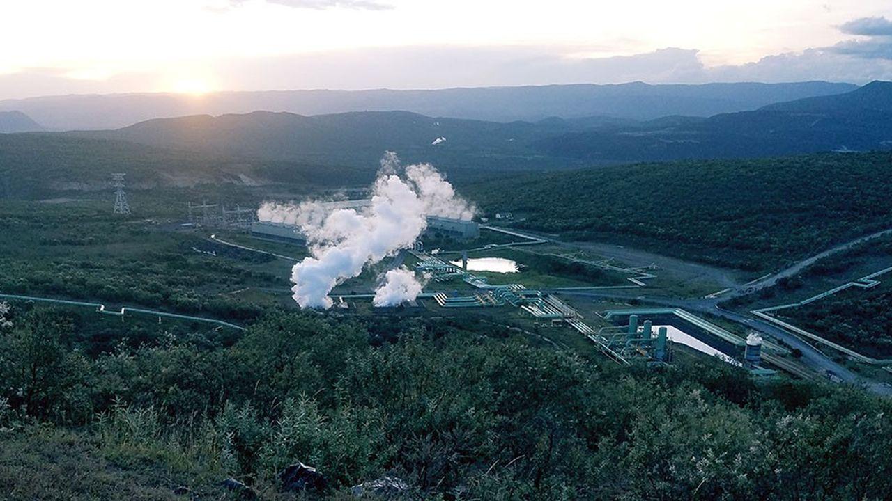 C'est ici, en pleine vallée du Rift, la faille qui court de Djibouti au Mozambique, que pourrait se jouer l'avenir énergétique du Kenya, grâce au développement de la géothermie.