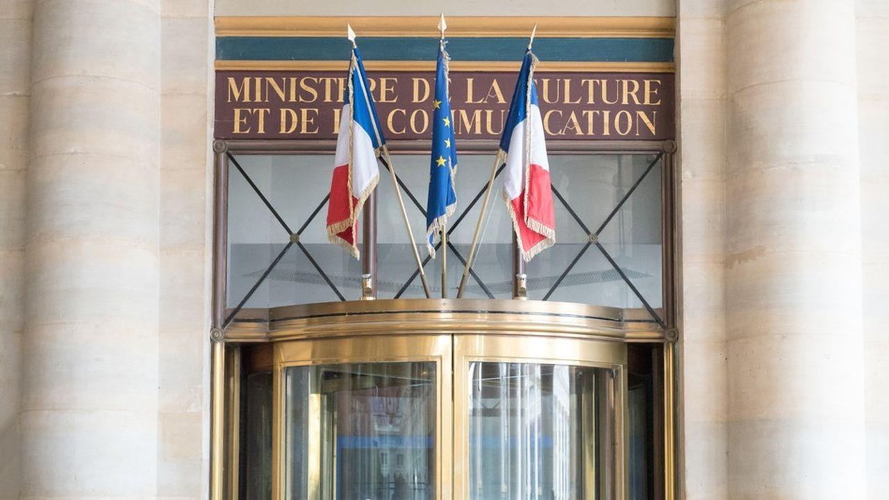2244476_delocalisons-les-ministeres-en-regions-web-tete-060685605737.jpg