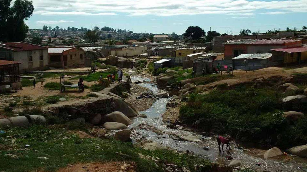 Développement institutionnel du secteur de l'eau urbaine et périurbaine des capitales provinciales angolaises