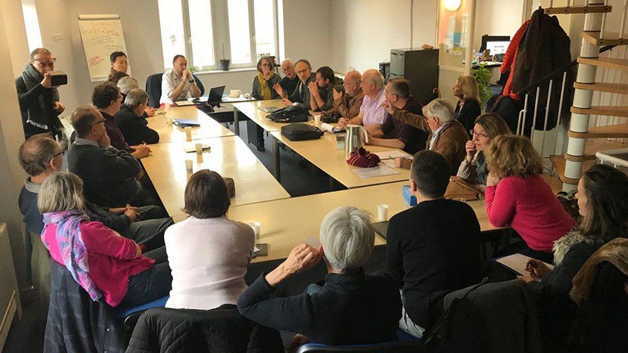 Lors d'un séminaire de synthèse avec les citoyens de la 10e circonscription, le 9mars, à Saint-Symphorien-sur-Coise.