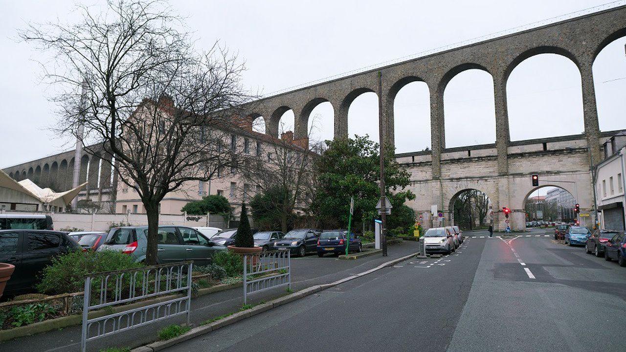 L'aqueduc d'Arcueil (Val-de-Marne), première ville où SGS a déployé son plan de déplacement d'entreprise.