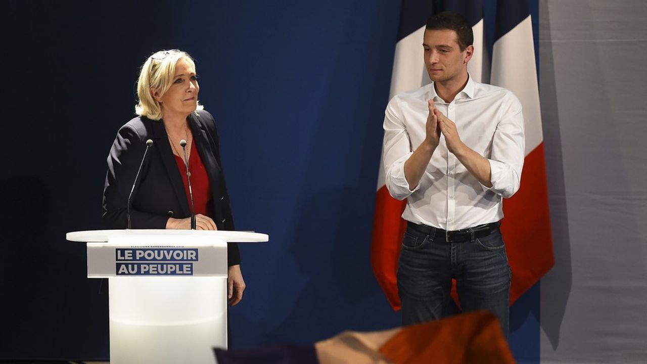 Depuis le début de l'année, Marine Le Pen, présidente du Rassemblement national et Jordan Bardella, tête de liste aux élections européennes, sillonnent l'Hexagone dans des réunions publiques. Ils étaient à Beaucaire, dans le Gard, la semaine dernière.